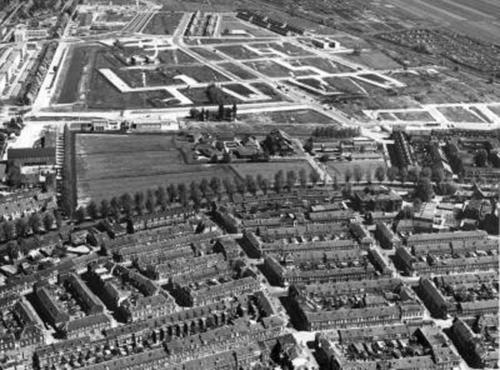 Lluchtfoto 1962 Tuindorp-oost